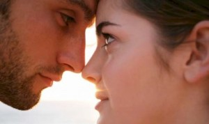 3 Killer Eye Contact Techniques to Melt Her Icy Heart